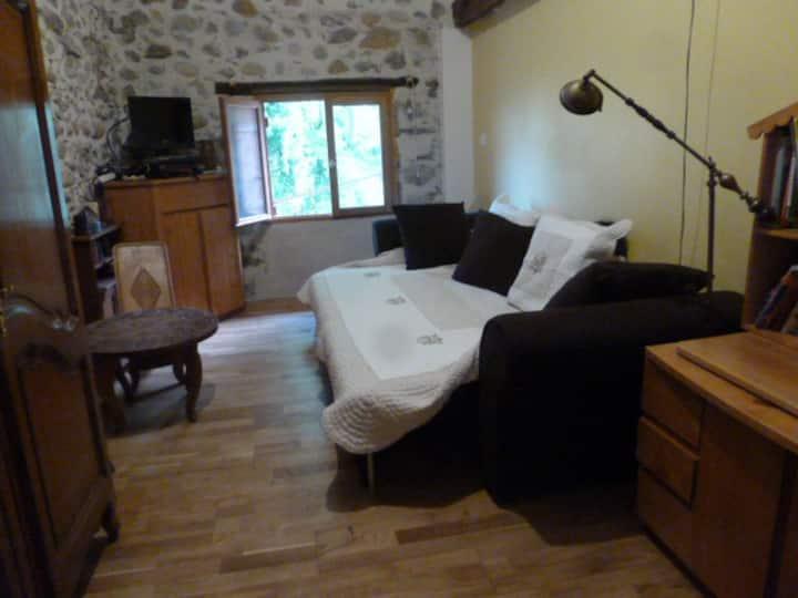 Chambre dans maison, campagne, proche Vizille