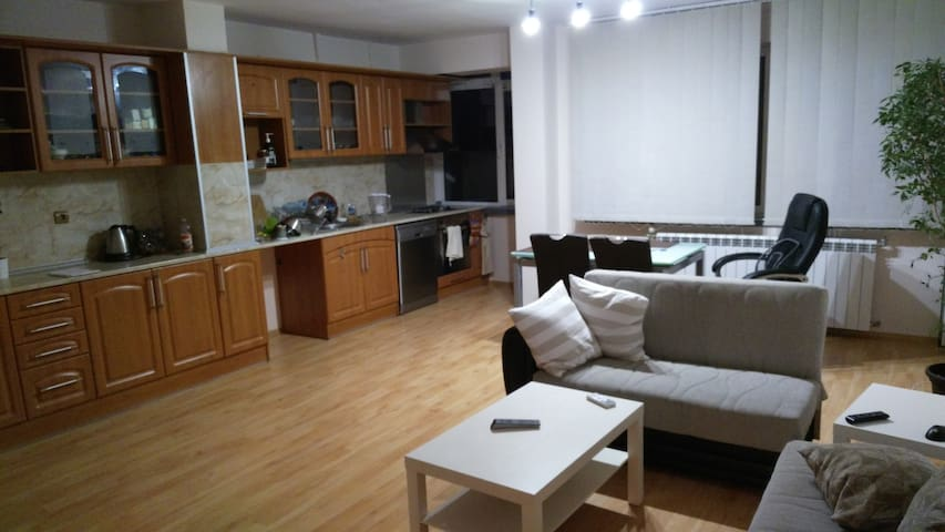 Modern Apartment in a suitable location - Stara Zagora