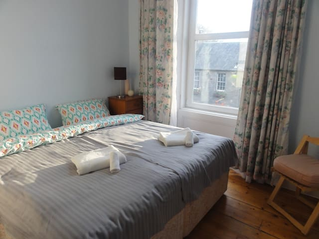 Cosy Double/twin bed Room by the Meadows - Edinburgh - Lägenhet
