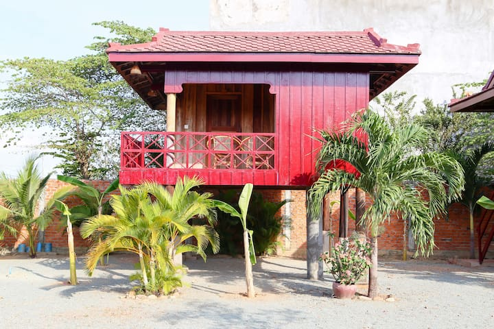 Traditional Khmer House - Kep - Bungalow