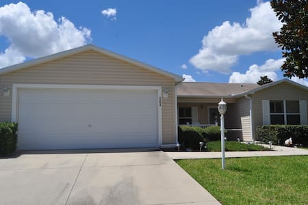 3 bdrm 2 ba fully furnished! - The Villages - House