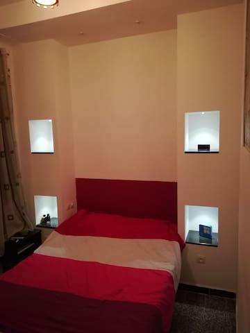 Beau studio Cozy à Didouche Mourad  Alger centre