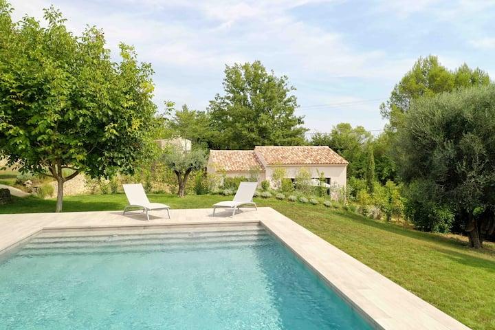 Charme, nature et calme avec piscine