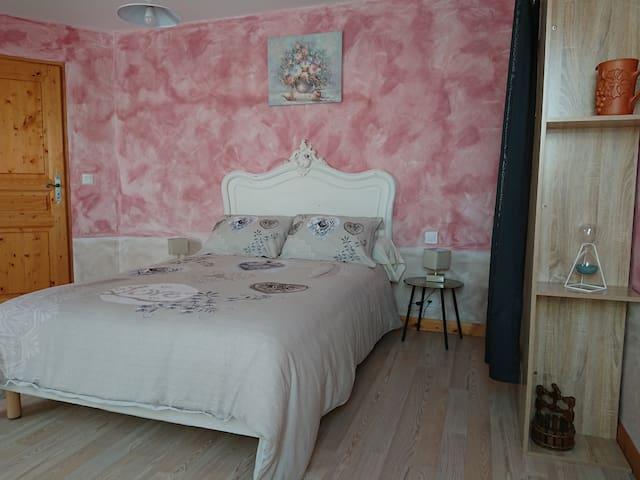 Maison d'othe. Chambre orchidée