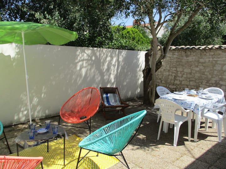 Maison ☀ patio détente 🛥 port 🏖 plage, Minimes