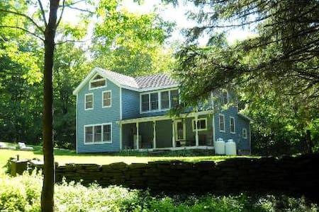 Lazy Brook Farm House - Fleischmanns - Natur-Lodge