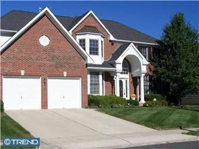 House by the golf course - Westampton - Hus