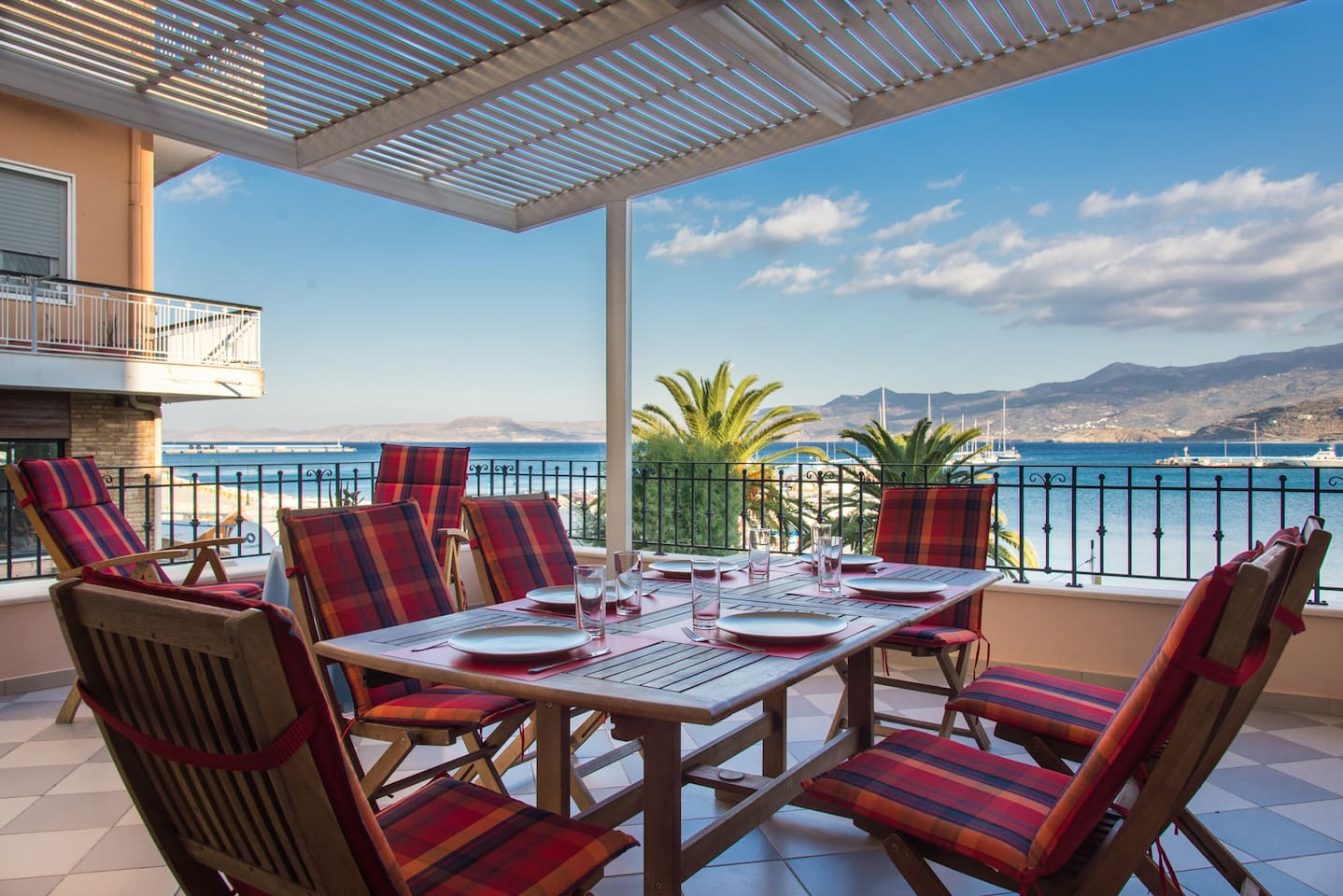 The spacious east facing terrace offers unobstructed views over Sitia's old port and the pedestrian street below. The perfect breakfast setting while soaking the morning sun.