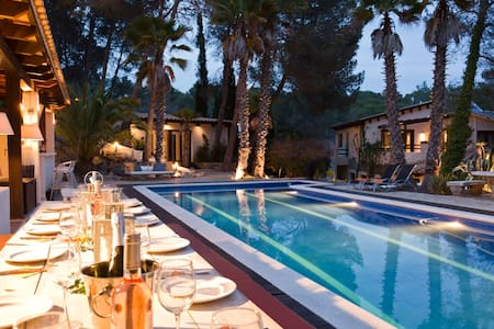Villa Palmera, Paradise near Barcelona - Sitges - วิลล่า