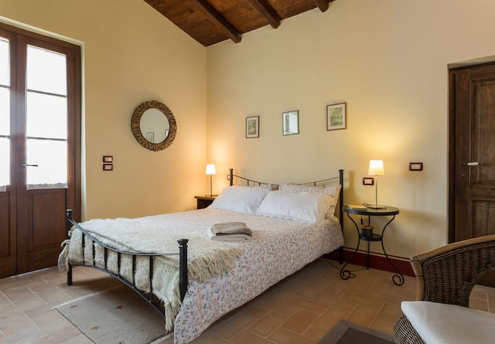 Double room in the countryside