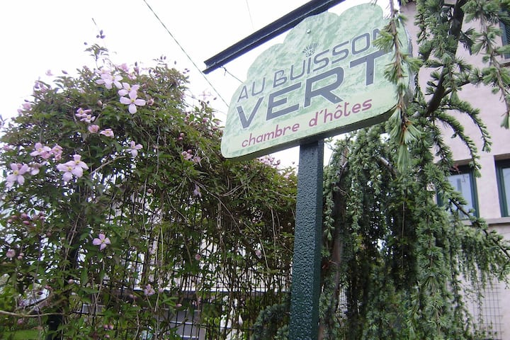 Au Buisson Vert