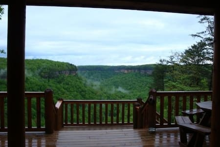 BIG SOUTH FORK DELIGHT FOR HIKERS AND TRAIL RIDERS - Jamestown - Bed & Breakfast
