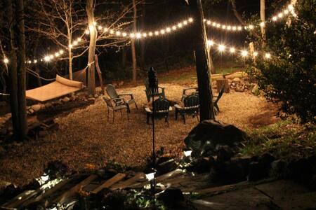 Xavier Acres Retreat / Whole House - Mountainville