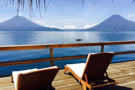 Casa de Larry, Lakefront Villa, Palapa/Deck - Santa Cruz la Laguna