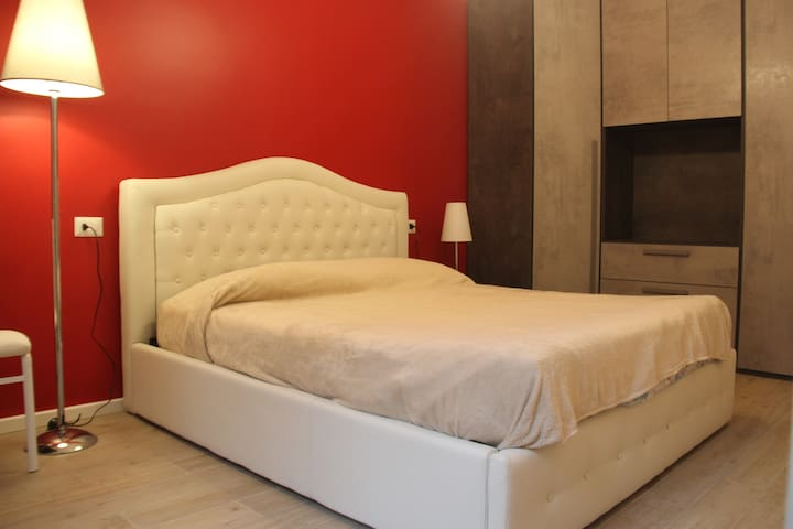 New apartament close to City Life and Piazza Duomo