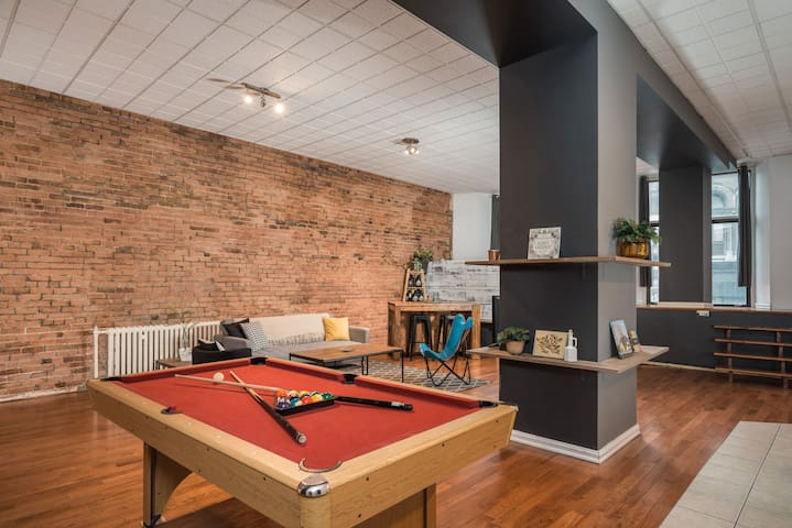 The New York Loft in Old Montreal