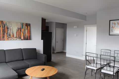 New modern and comfortable suite near Shaw centre