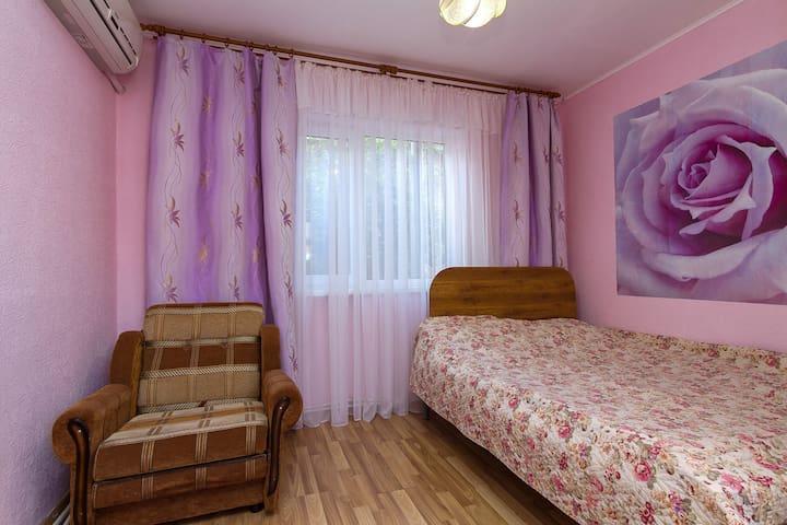 3-х местный номер в мини-гостинице (№1)