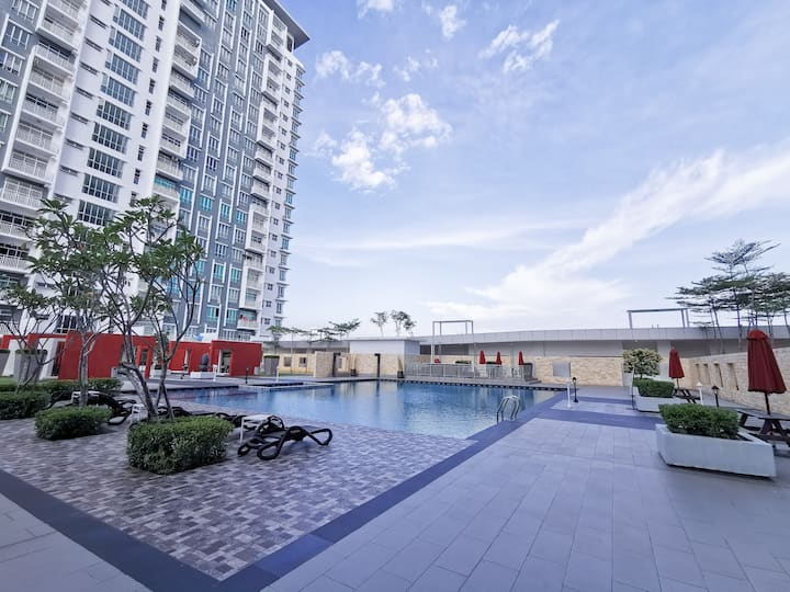 Nice Cozy Service Apartment To Stay Near KLIA