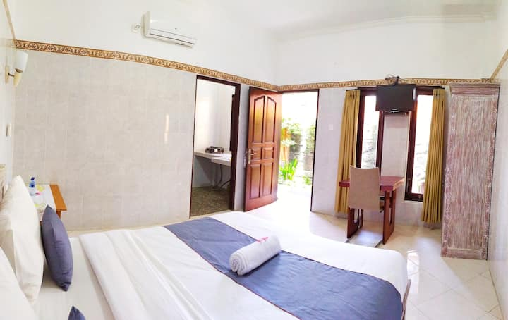KBGH4- Private room in good location
