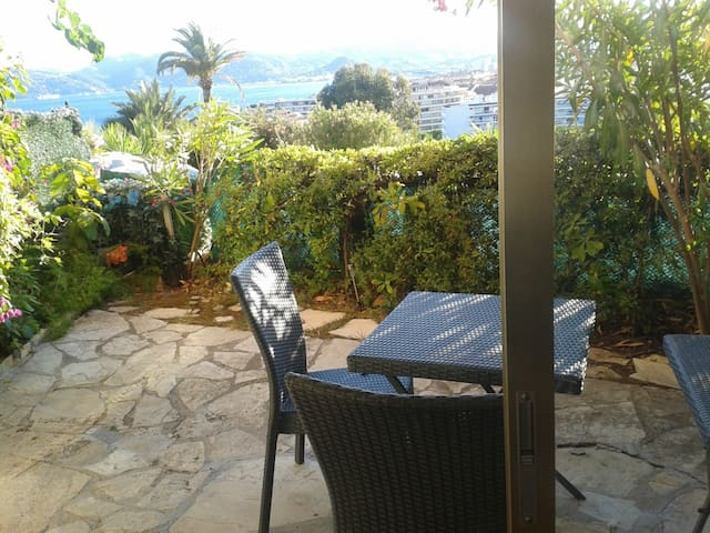 Belle terrasse vue mer panoramique - Cannes - Daire