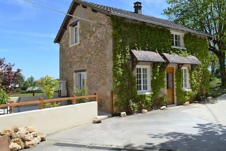 Aux Volets Bleus chez Mark & Sylvie - Rouffignac-Saint-Cernin-de-Reilhac