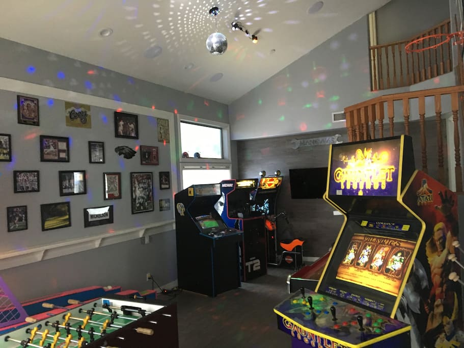 New Disco Ball, party lights, New Bluetooth speaker system for our visitors! Logon with your phone for music game room and at the pool.