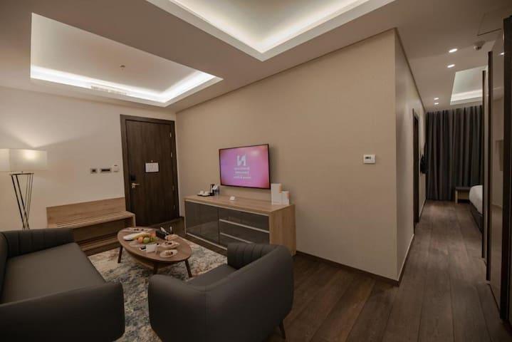 Premium Suite at Swiss-Belboutique Bneid Al Gar