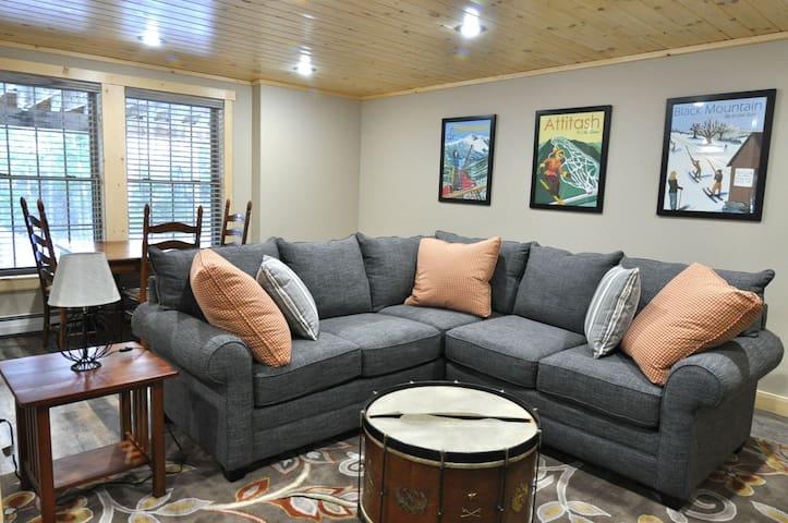 Sunday River Getaway- 2 Bedroom Apartment