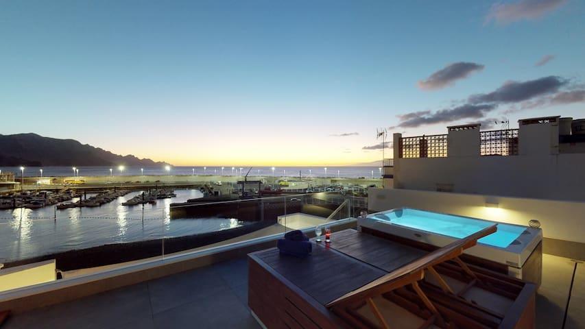 Appartement de luxe en bord de la mer