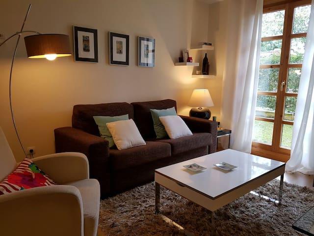 Acogedor Apartamento con jardín privado - Muros de Nalón