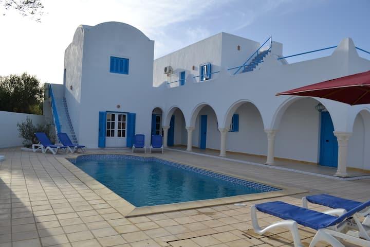 Villa avec piscine privée pour 11 personnes