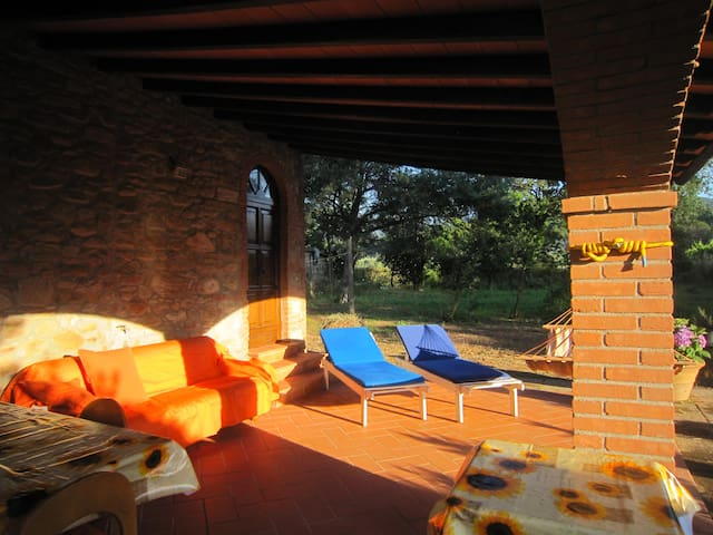 appartamento in casa di campagna - Scarlino - Daire