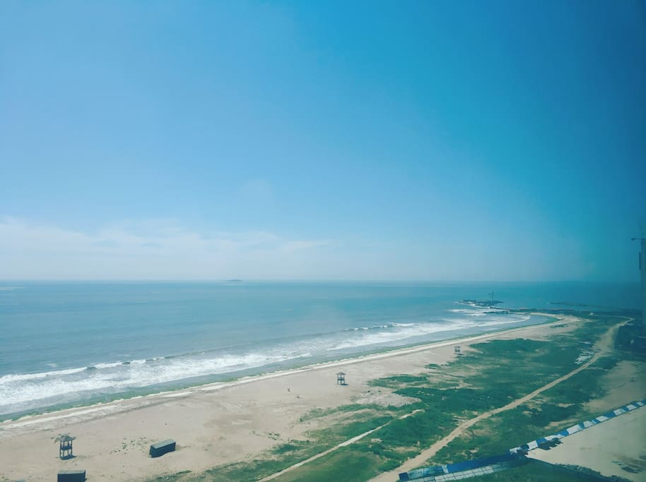 直面大海的视角