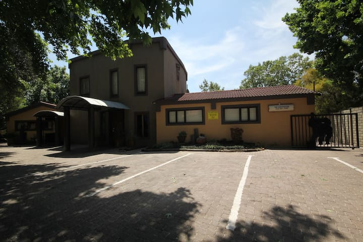 The Guesthouse Secunda