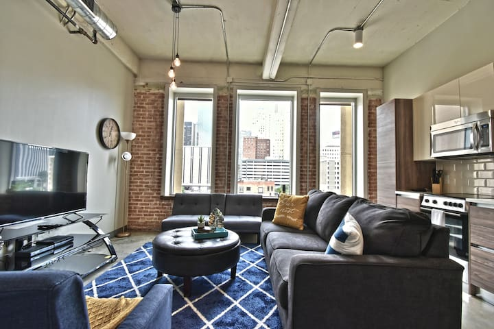 Brand New Corporate Apartment with Valet Parking