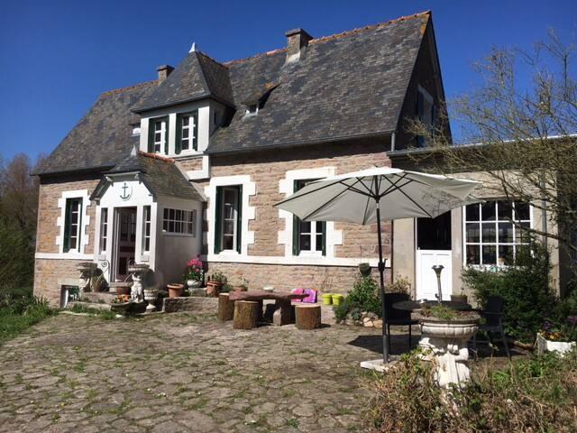 L'Ancre de Cap Frehel - Plévenon - House