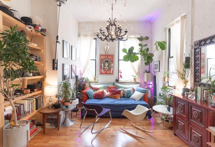 Private Room in Beautiful CoLiving Space, Bushwick