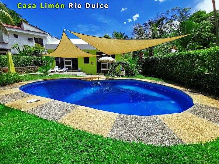 Casa Limón en Mansión del Río (Rio Dulce)