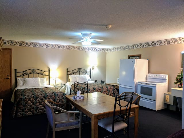 Executive Inn Family suite