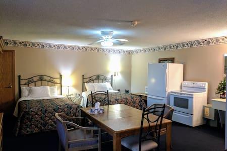 Executive Inn Family suite