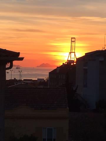 Habitación acogedora y comoda con vistar al mar - Vigo - Haus