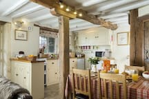 Kitchen and dining area - fully equipped with dishwasher, electric oven, fridge and microwave