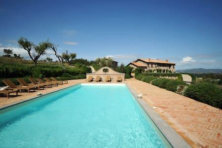Luxury Umbrian Villa - Castiglione In Teverina - Villa