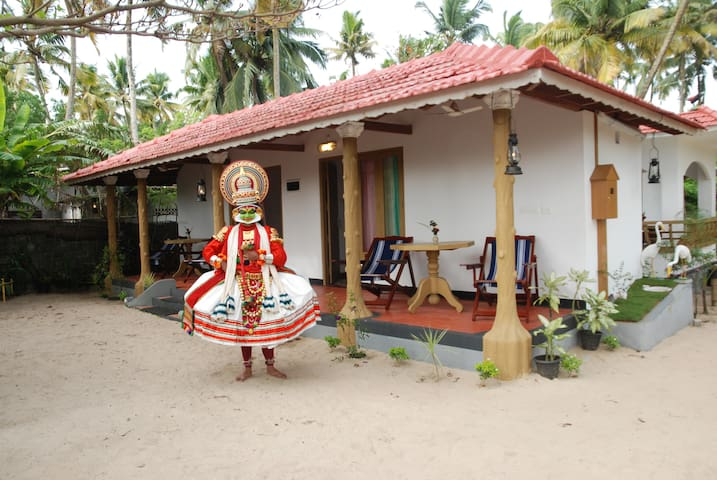 Marari Edens made for sea view - Mararikkulam North - Villa
