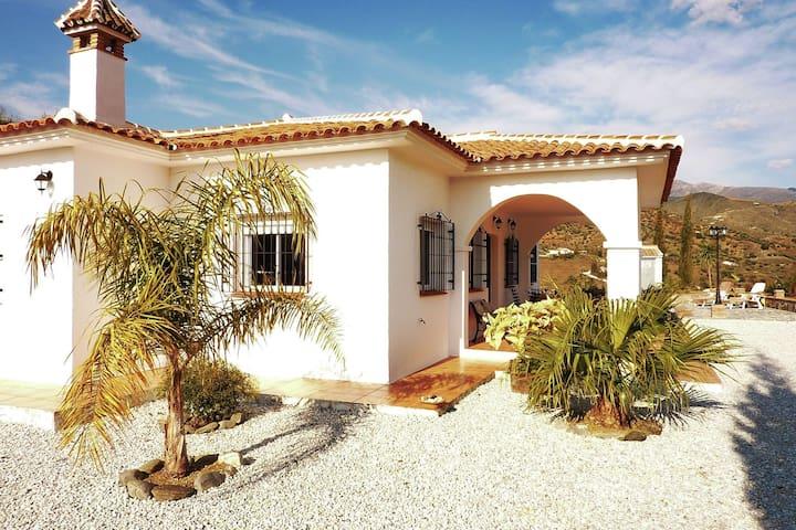 Casa de vacaciones de lujo con piscina privada en Andalucía