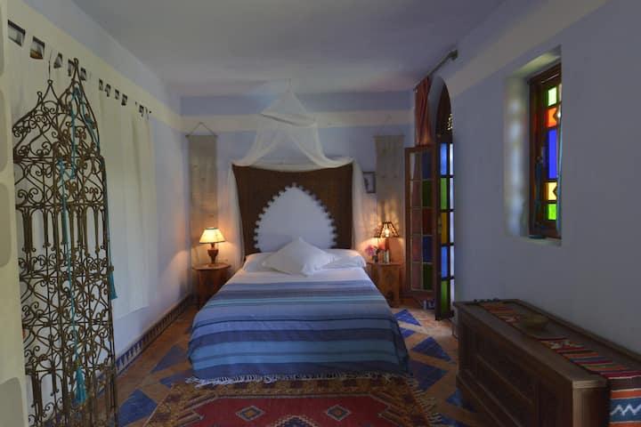 "Riad des Plages . Essanaoubar . chambre  ""Oudaya"""