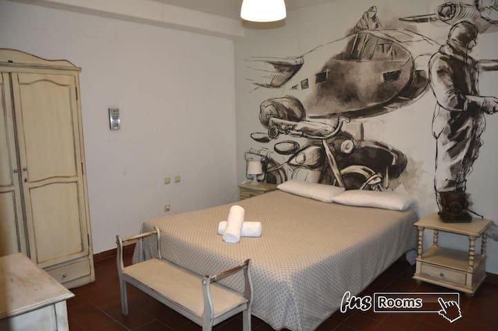 Alquimia Hotel Albergue Cadiz - Doble Estandar. Baño privado - No reembolsable