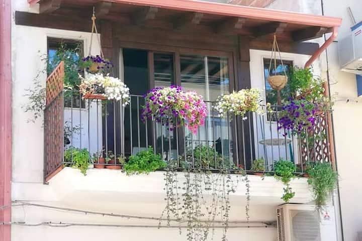 Leilighet med 2 soverom i Pozzallo med fantastisk utsikt over byen og balkong