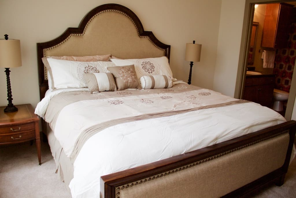 King-sized bed in the master bedroom